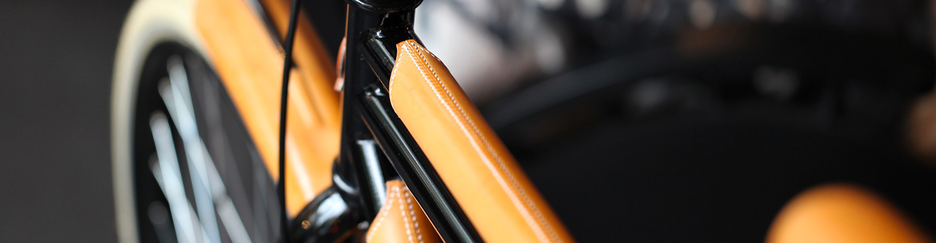 THE BIKE LEATHER PRESTIGE